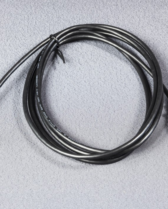 Angled USB cable